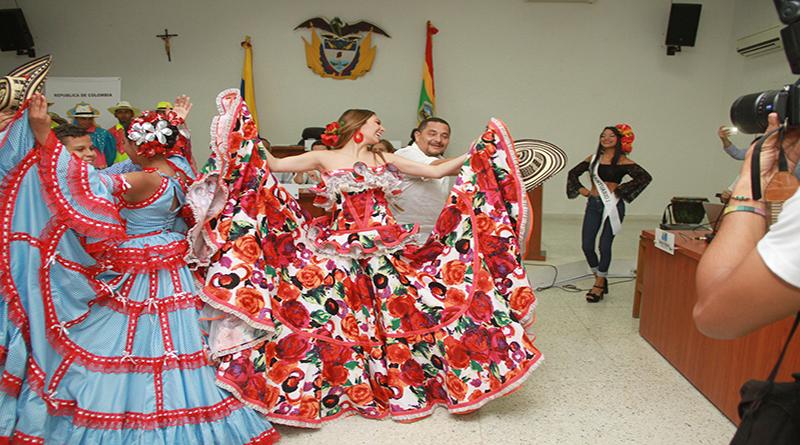 Los Reyes del Carnaval se tomaron el Concejo de Barranquilla