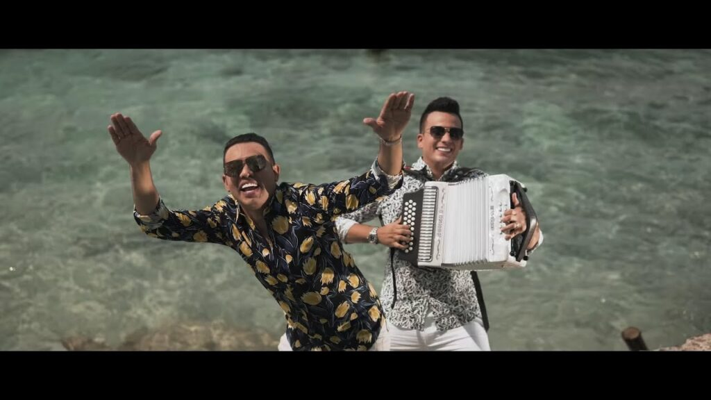 Diego Daza & Carlos Rueda – La Soltería (Vídeo Oficial)